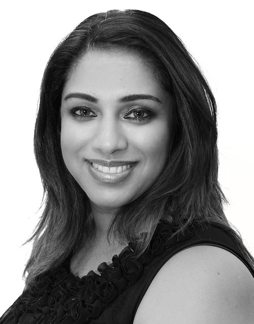 Dr Pradnya Apte Profile BandW